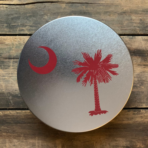 small garnet South Carolina Flag design on tin